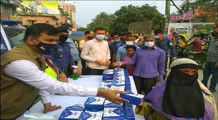 ময়মনসিংহ জেলা পুলিশের ৫ টাকার ইফতার অব্যাহত