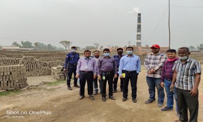 দিনাজপুরের বীরগঞ্জে অবৈধ ইটভাটার ৩ লাখ টাকা জরিমানা