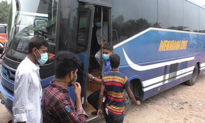 ঝিনাইদহে শুরু হয়েছে দূরপাল্লা ও আন্ত:জেলার বাস চলাচল