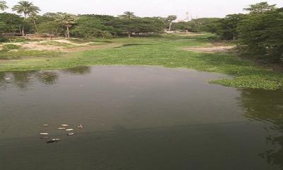 কালীগঞ্জে চিত্রা নদীতে ফেলা হচ্ছে পায়খানার মল ও ময়লা পানি
