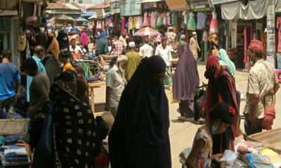 মোংলায় জমে উঠেছে ঈদের কেনাকাটা