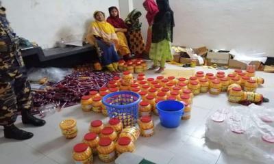 টঙ্গীতে ভ্রাম্যমান আদালতে নকল জুস কারখানা সিলগালা