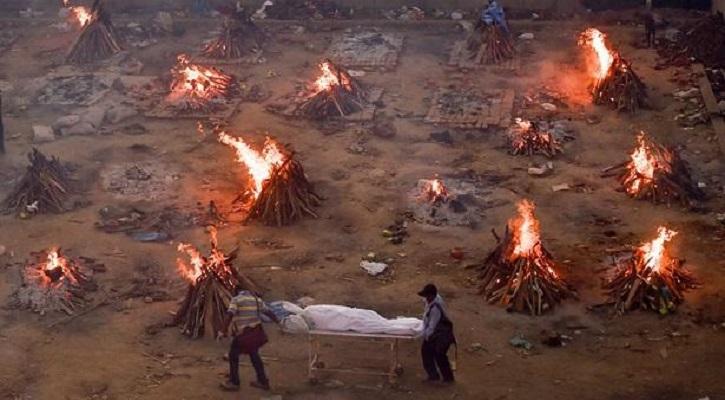 মৃত্যুপুরী ভারত, শ্মশানে জায়গা না মেলায় গণচিতা